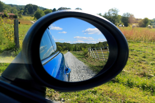 road rearviewmirror