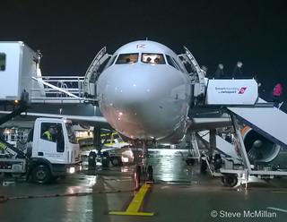 Easyjet G-EZIZ A319 arrives Glasgow