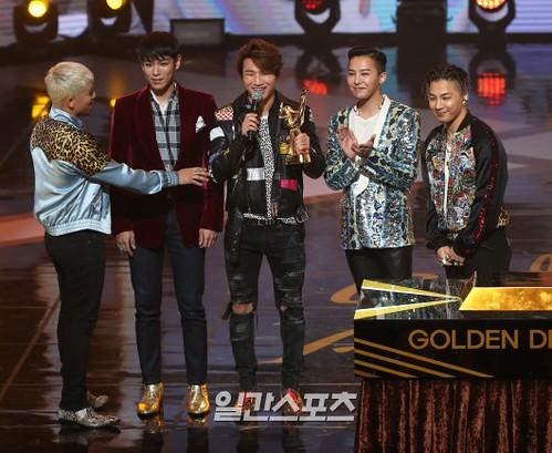 Big Bang - Golden Disk Awards - 20jan2016 - Press - 09