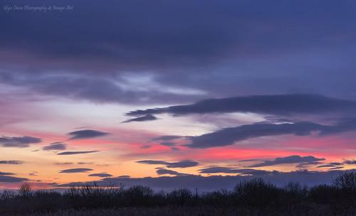 uk winter sunset england sky purple cheshire dusk violet multicoloured colourful reds marshes frodsham