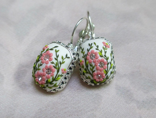 Spring that never goes away Earrings