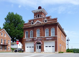 Hermann, MO City Hall and Firehouse
