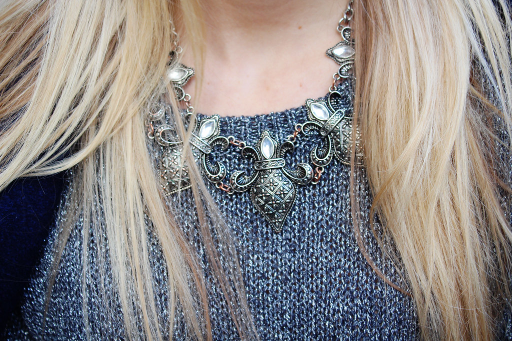 medieval-style-necklace