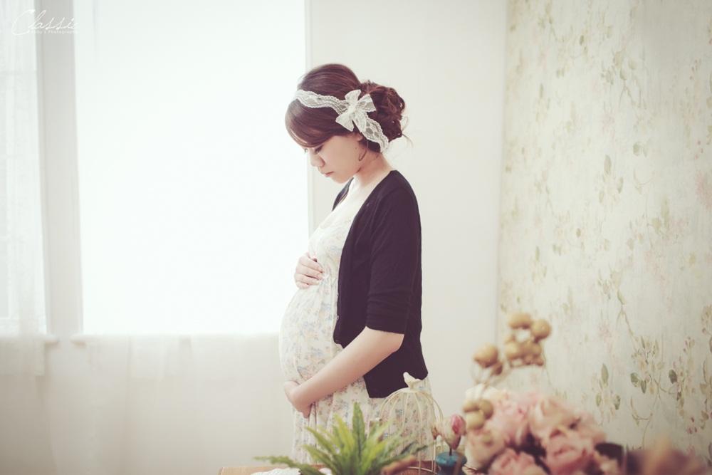 女攝影師孕婦寫真