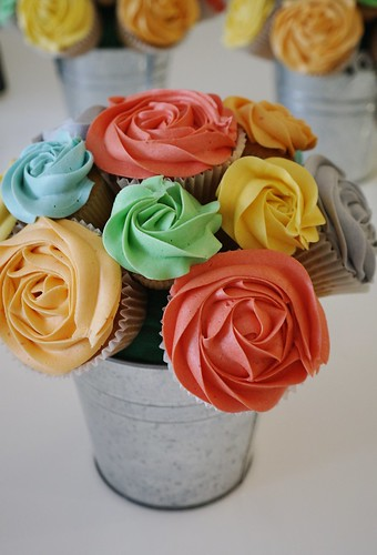 Rainbow Cupcake Bouquet