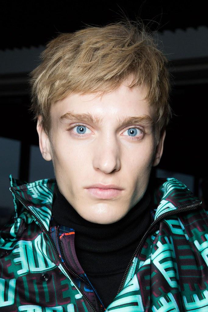 Jeroen Smits3216_FW15 Paris Kenzo(fashionising.com)