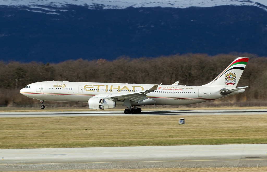 Aéroport de Genève-Cointrin [LSGG-GVA] 16530707909_1239dc39d3_b