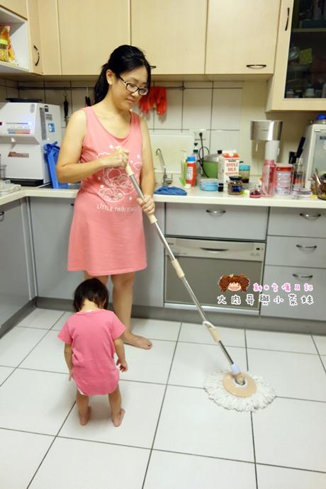 易拖寶Easymop 3D魔術雙驅動免沾手全能旋轉拖把 (12).JPG