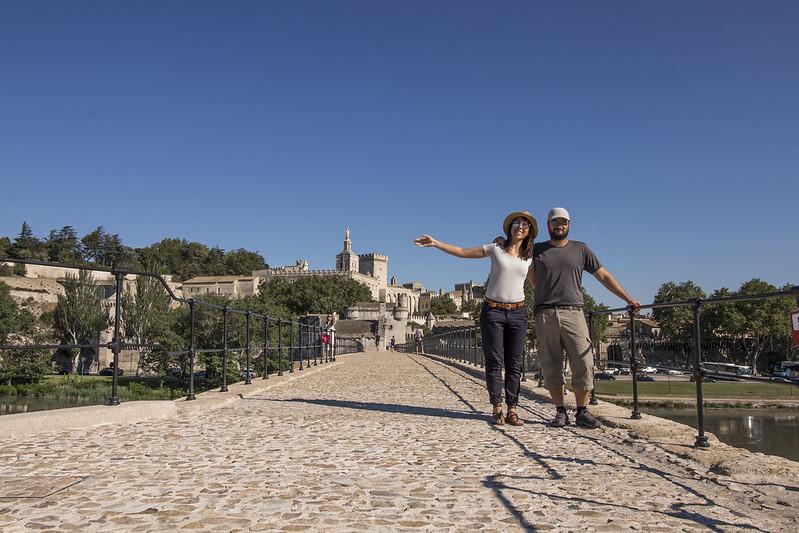 Provence cyling Avignon bridge 1