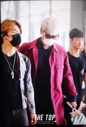 Big Bang - Kansai Airport - 23aug2015 - The TOP - 02