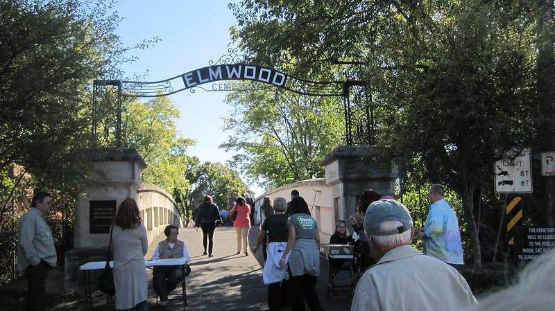 10/16 Elmwood Cemetery