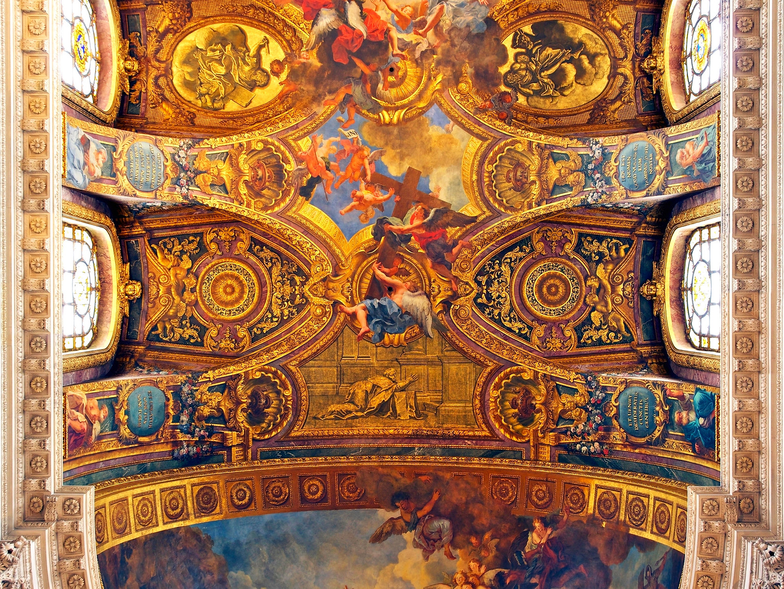 Royal chapel of the Palace of Versailles. Credit Jebulon