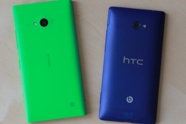 Lumia 735