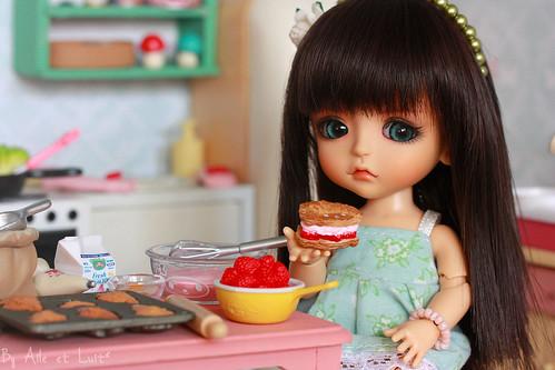 Enya likes cakes ♥