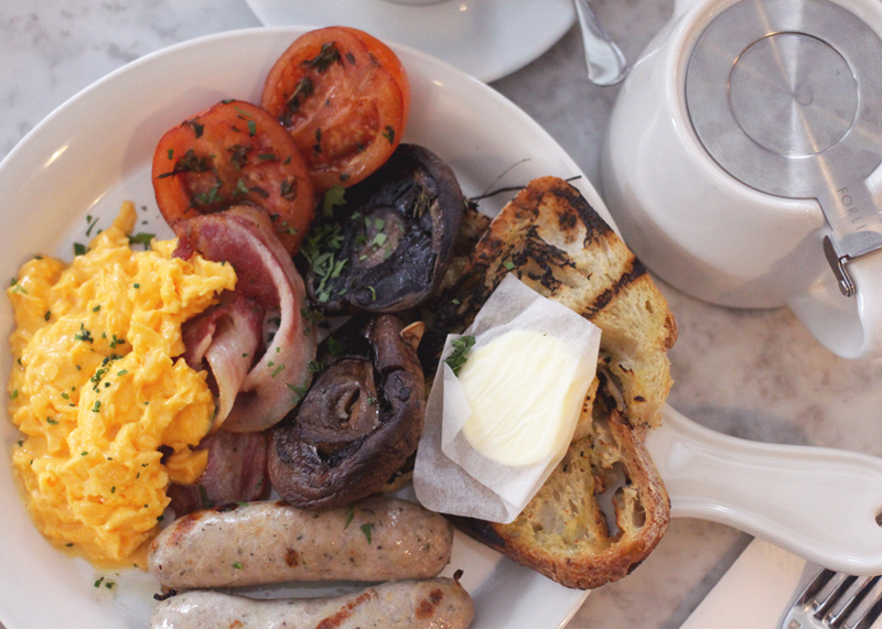 Full English Breakfast at No 11 Pimlico Road, Bumpkin Betty