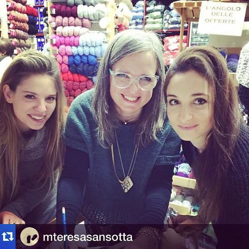 Bellissime e bravissime:) Adoro queste ragazze:) Beautiful and talented:) I love these girls:) # Repost @mteresasansotta with @repostapp.・・・Da Falcetto la maglia é giovane: emmacatebea