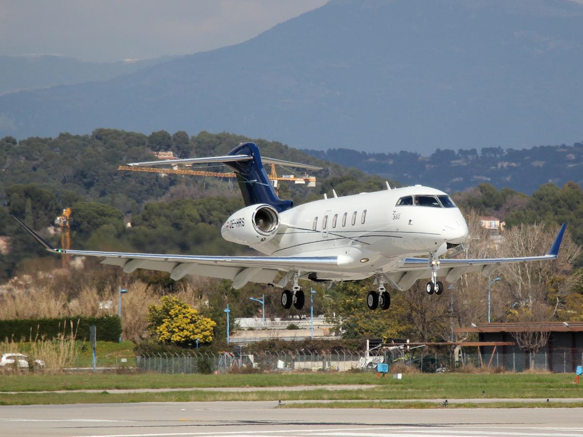 Aeroport Cannes-Mandelieu , LFMD , Février 2015 16472072397_ab38b42ef9_o