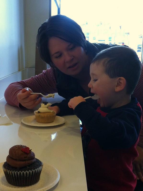 cupcakeSharing
