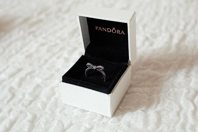 pandora anello fiocco prezzo