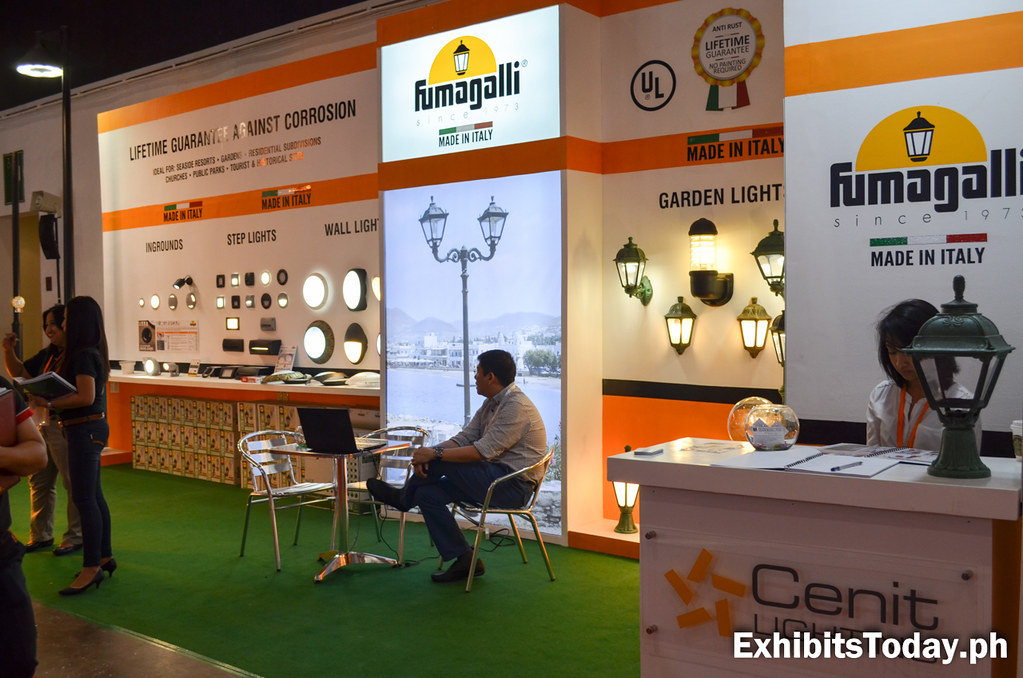 Fumagalli Exhibit Booth (right angle)