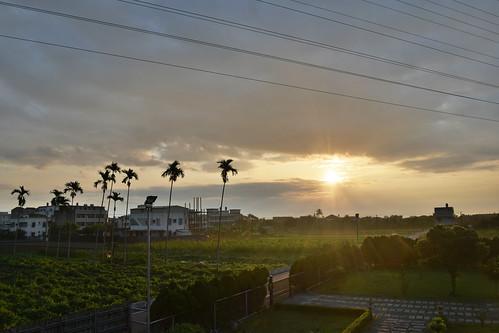 light sky cloud sun holiday clouds sunrise skyscape dawn lights nikon scenery taiwan dslr 台灣 雲 太陽 臺灣 風景 chen 尼康 花蓮 光 hualian 清晨 早晨 單眼 曙光 chenchen d5300