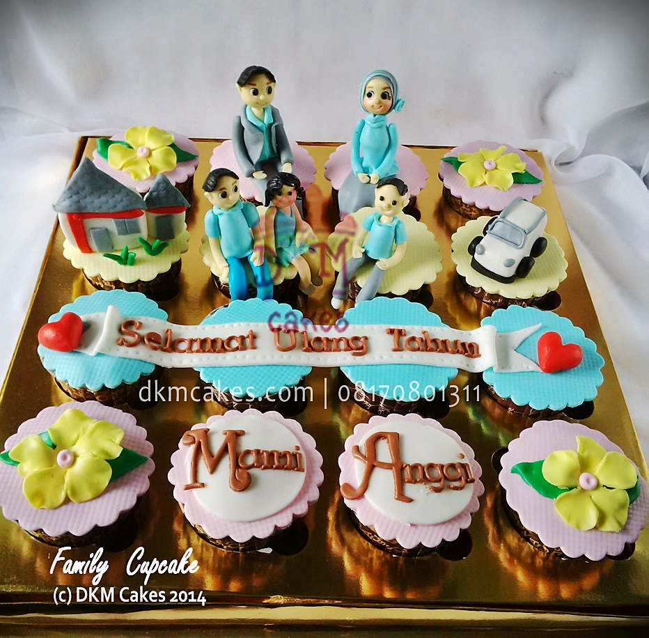 DKM Cakes telp 08170801311, DKMCakes, untuk info dan order silakan kontak kami di 08170801311 / 27ECA716  http://dkmcakes.com, jual kue jember, toko   kue jember, toko   kue online jember bondowoso lumajang, pesan cupcake jember, jual cupcake jember, beli cupcake jember, toko cupcake jember, kue jember, cupcake lucu jember info / order   : 08170801311 / 27ECA716   http://dkmcakes.com, family cupcake
