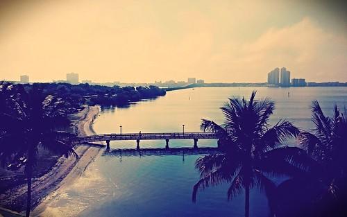 morning bridge sun beach polaroid warm florida niceview fortmeyers clevelandavenue sliderssunday caloosatcheeriver