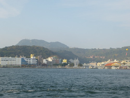 Ta-Kaohsiung-Cijin-ferry (6)