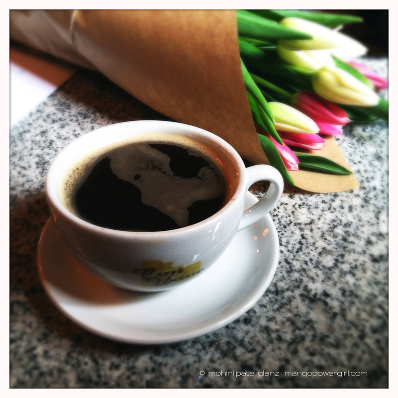 coffee & tulips