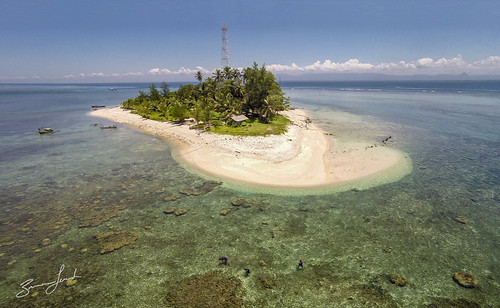 ocean tower beach coral swimming sumatra indonesia island view aerial palmtrees tropical snorkelling pulau tikus drone dji bengkulu