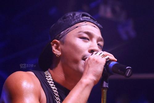 Taeyang-GangnamNBClub-Seoul-20140906-HQ(16)
