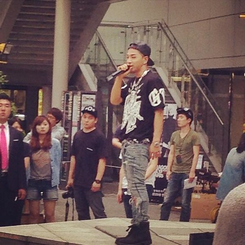 Taeyang_BUSAN_High-Touch-Event_20140627 (7)