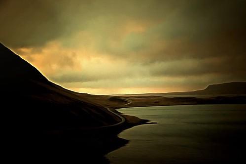 landscape iceland hvalfjörður
