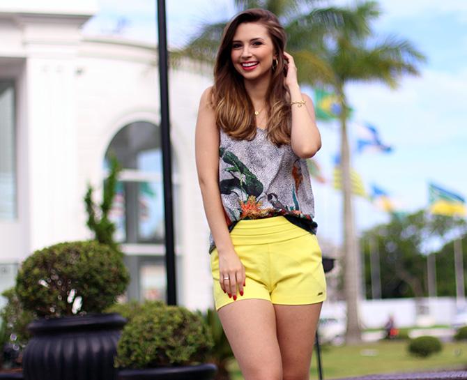 03-look do dia shorts amarelo officium blog sempre glamour