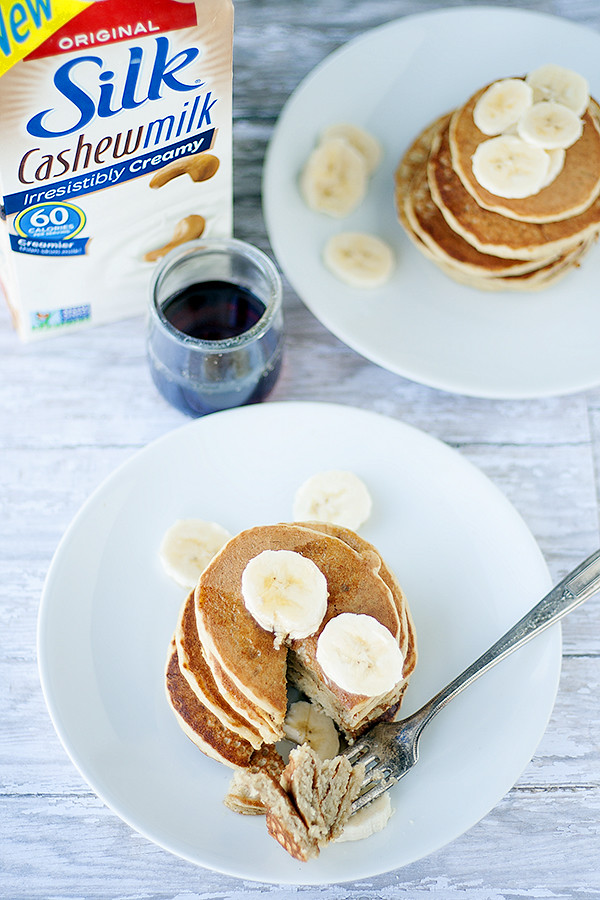 wheat free | dairy free banana nut pancakes @lovemysilk #silkbloom