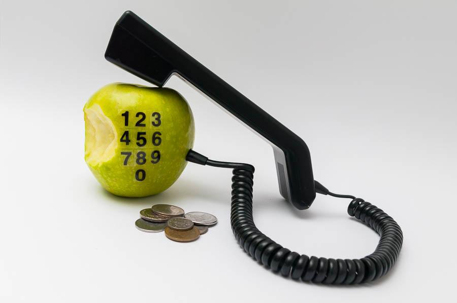 11.- Descontextualización<br />FEB15 &quot;Apple Phone&quot;