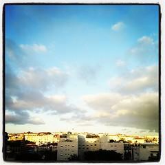 Solen sjunker, denna vår sista afton i #Lissabon. #sportlovar