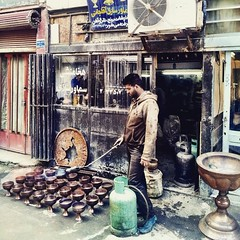 Chalice maker crafting new items in the back alley if grand bazaar in Esfahan, Iran. #iran #esfahan #iranian #isfahan