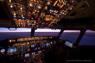 Boeing 737 NG Flight Deck