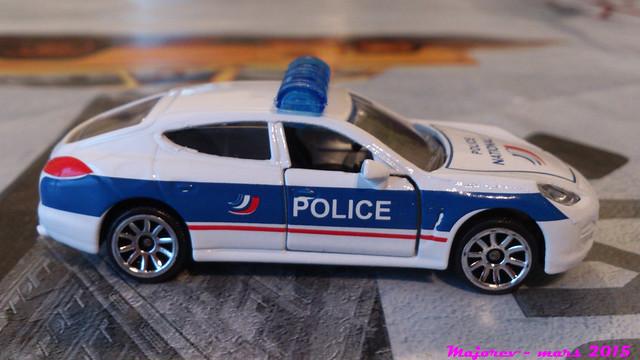 N°209B - Porsche Panamera 16608372860_b03c31642b_z