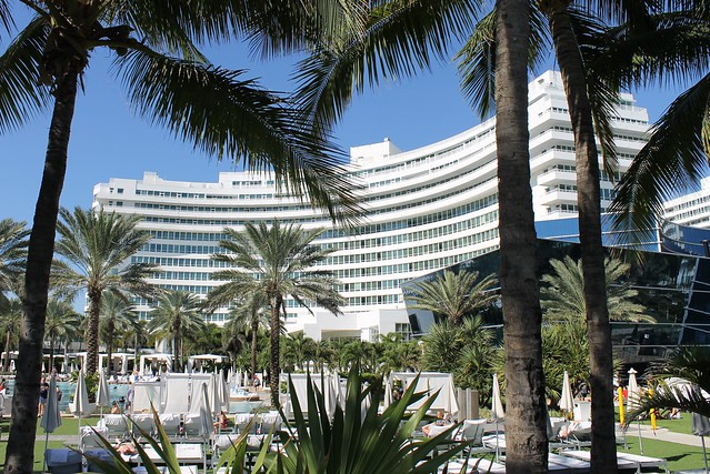 Fontainebleau Miami Beach Hotel Morris Lapidus 1954