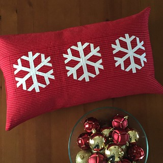 Snowflake pillow, pattern by Amy of During Quiet Time