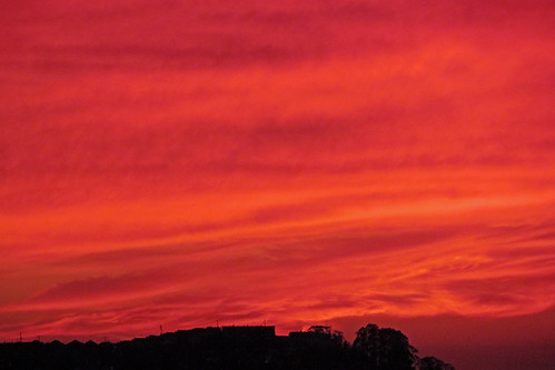 redsky sunsetoversanfrancisco sunset sunsetclouds sanfrancisco charliewambekephotography wambekewambeke canonpowershotsx30photograph