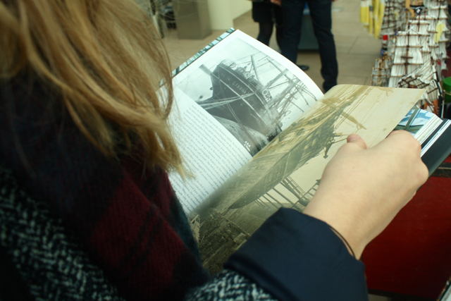 Reading about the Cutty Sark, Greenwich