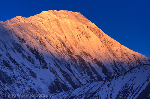 travel nepal light color beautiful horizontal sunrise landscape dawn asia outdoor scenic remote np annapurnacircuit annapurna himalayas breathtaking manang gandaki westernregion annapurnaconservationarea