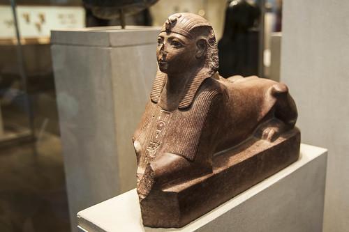 Met Sphinx b