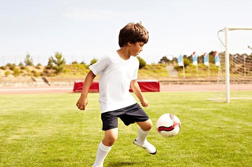 Trẻ cần tăng cường hoạt động thể chất để phòng tránh bệnh tim mạch