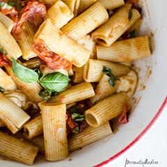 caprese pasta (12 of 17).jpg