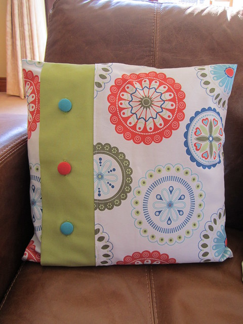 button cushion (2)