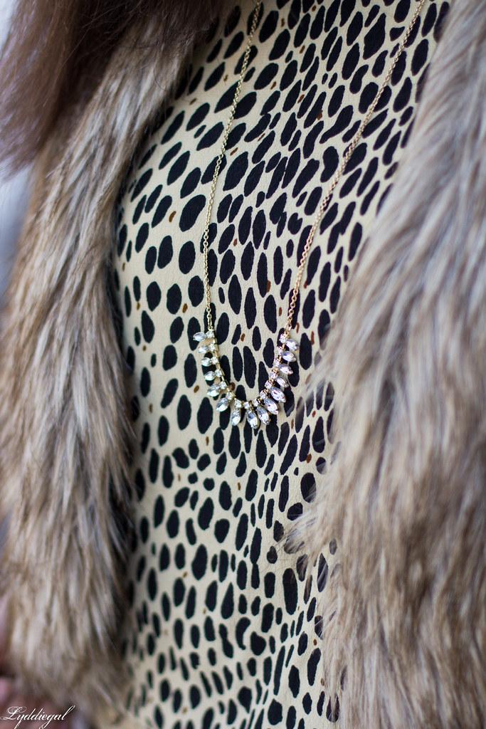 leopard tunic, fur vest, black jeans-5.jpg